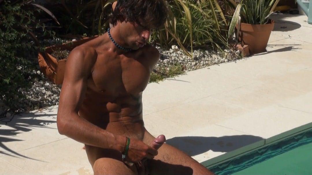 MATT SURFER'dick more large than mine