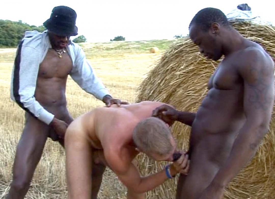 souann-antiallais-baise-jeremy-avec-black-skin-124