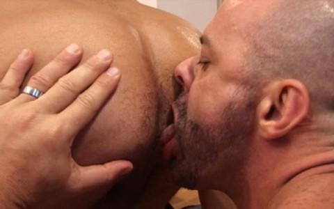 l7458-darkcruising-gay-sex-porn-hard-fetish-bdsm-alphamales-out-on-the-con-006