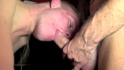 Diabolik BOY caste un jeune minet trou offert à TOULOUSE