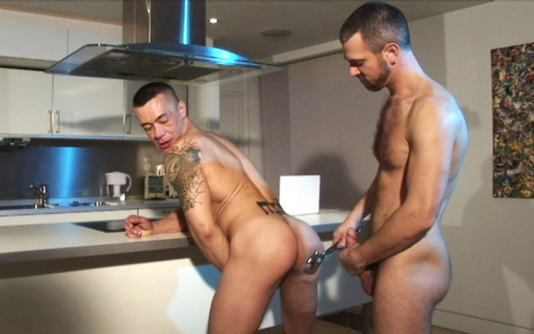 l5518-hotcast-gay-sex-porn-hardcore-twinks-minets-jeunes-mecs-made-in-uk-bulldog-xxx-tools-016