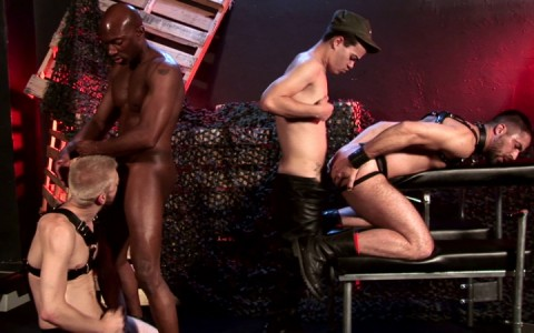 l14106-darkcruising-gay-sex-porn-hardcore-videos-bdsm-hard-fetish-006