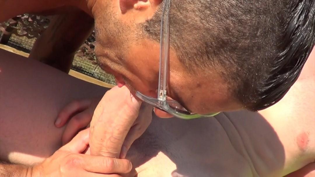 Une bonne baise exhib au Sauna LES TERASSES dans l'essone