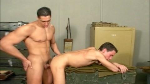 L4932 JNRC gay sex clair militaires 19
