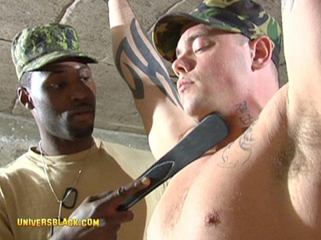 Uniformi, militari