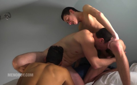 l13820-menoboy-gay-sex-porn-hardcore-fuck-videos-french-france-twinks-minets-02