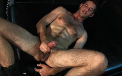 l09848-darkcruising-gay-sex-porn-hardcore-videos-hard-bdsm-fetish-darkroom-leather-rubber-skin-016