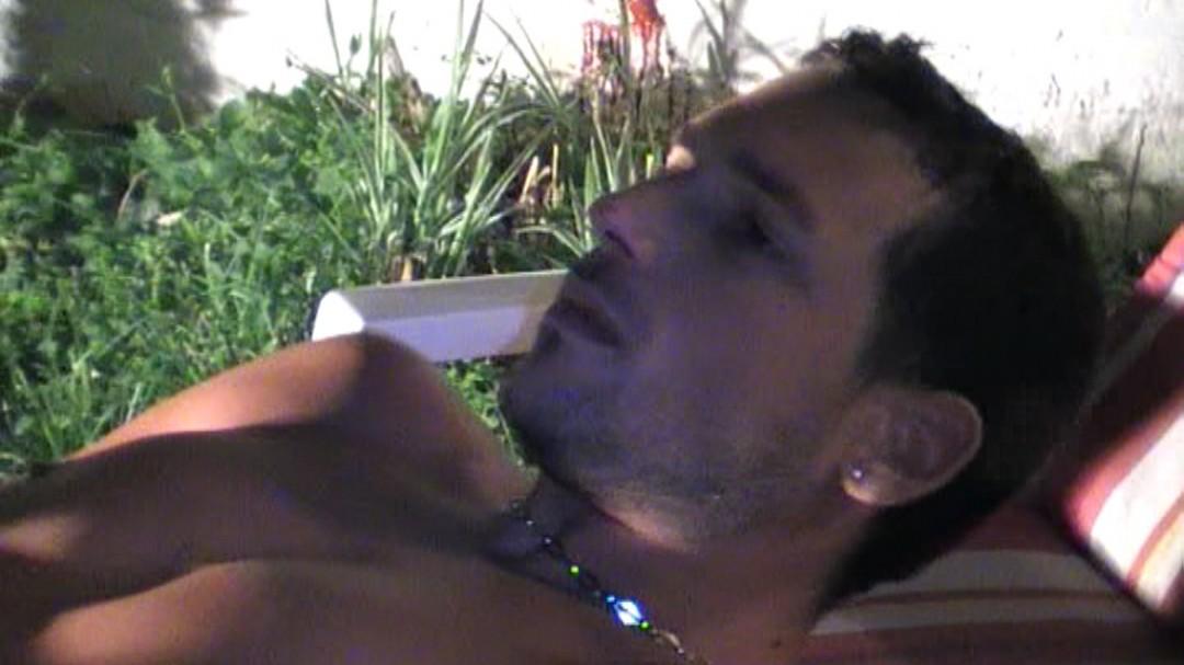 Italian stud fucked by Tunisian big dick