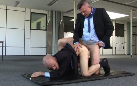 l7085-cazzo-gay-sex-porn-hardcore-made-in-germany-berlin-cazzo-homo-office-008