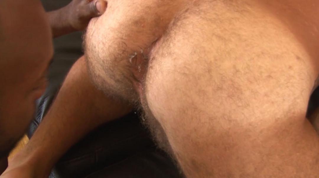 Masc bottoms are so good