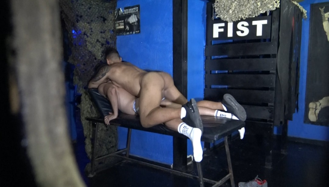 Sexy daddy fucked raw by Viktor ROM tje Opein MIND