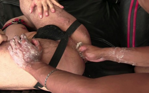 l14104-darkcruising-gay-sex-porn-hardcore-videos-fetish-bdsm-hard-fist-ff-leather-rubber-017