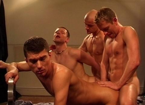 l7504-cazzo-gay-sex-porn-hardcore-made-in-berlin-cazzo-160-qm-sex-012