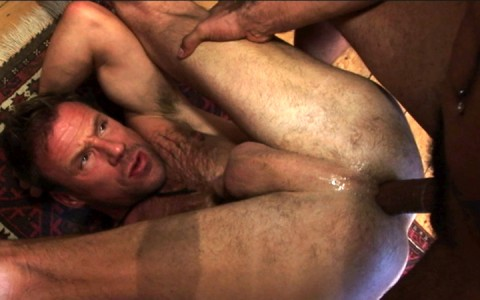 l7305-bolatino-gay-sex-porn-hardcore-latino-alphamales-out-on-the-hit-052