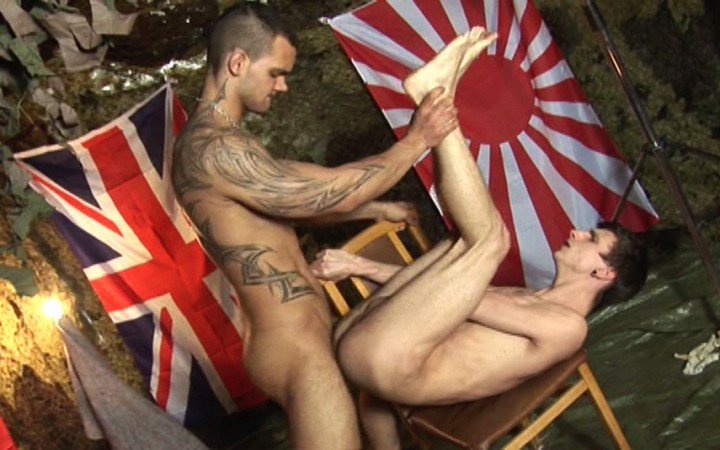 年轻士兵的性奴隶