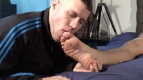 scottxxx-sketboy-sneaker-gay-sex