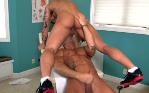 l7828-mistermale-gay-sex-porn-hardcore-videos-hunks-studs-muscle-men-gods-butch-rough-tough-beefcake-manly-viril-male-otters-bears-hairy-wolves-nextdoor-studios-doin-it-daily-013