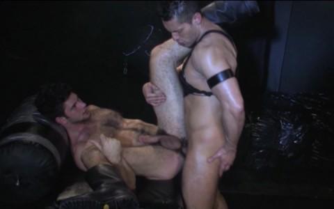 l9939-darkcruising-gay-sex-porn-hardcore-videos-hard-fetish-bdsm-raging-stallion-heretic-012