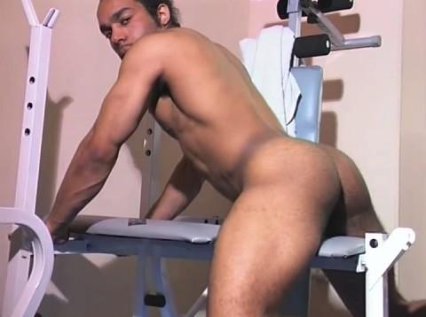 l01302-jnrc-gay-sex-porn-hardcore-videos-france-french-militaires-uniformes-pompiers-sportifs-branlette-solo-009
