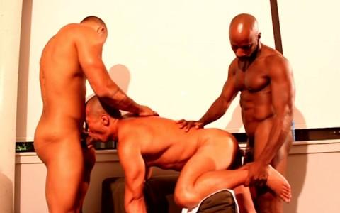 l9202-universblack-gay-sex-porn-hardcore-videos-black-thugs-next-door-studios-ebony-chocolate-cream-016