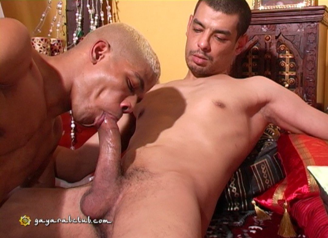 Black dude fucked by giant arab dick