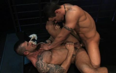l9847-darkcruising-gay-sex-porn-hardcore-videos-bdsm-fetish-leather-rubber-hard-raging-stallion-fucked-down-020