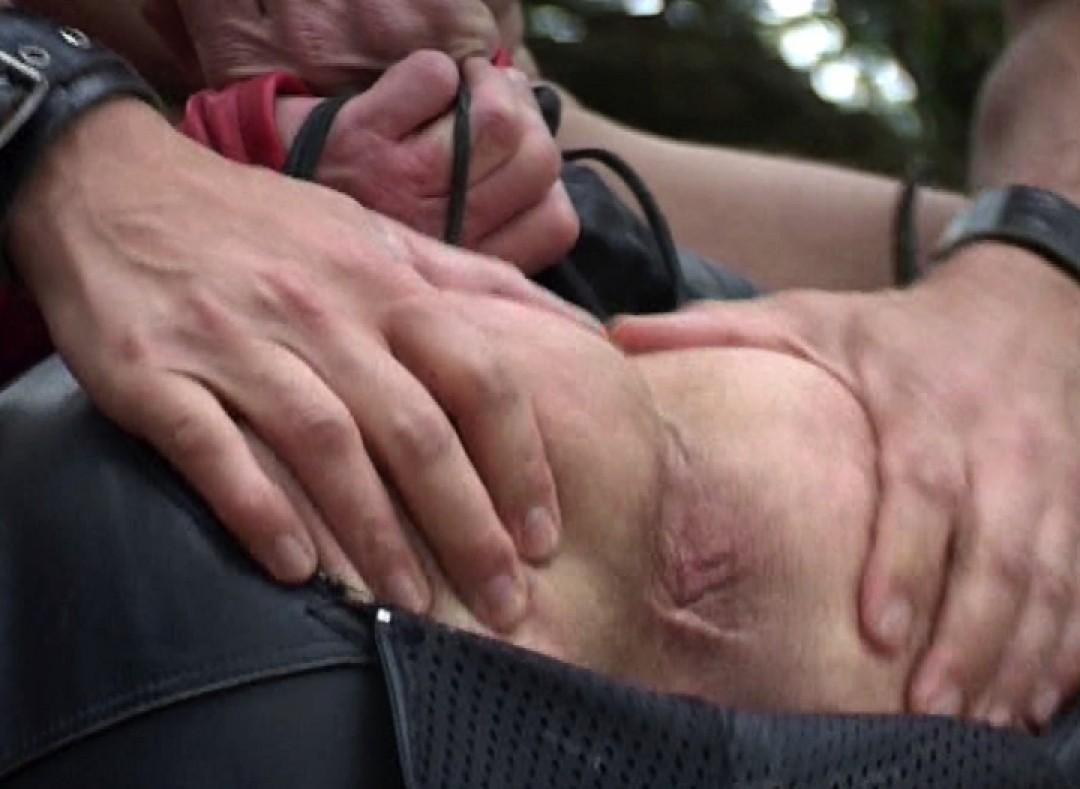 骑自行车的人在休息站被狠狠地操了一把