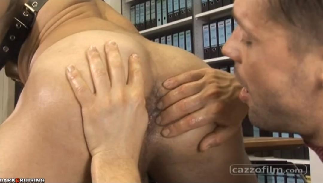 His boss has a huge dick