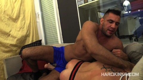 dark-cruising-hard-kinks-gay-porn-hardcore-videos-made-in-spain-bdsm-macho-kinky-bondage-fetish-16