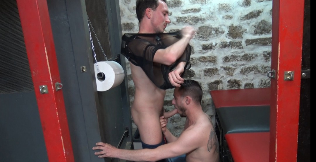parisiant twink fucked bareabck by Maxence ANGEL