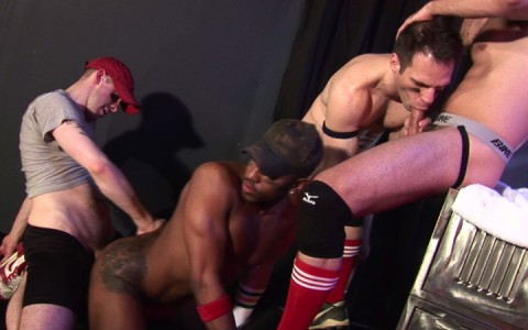 l14105-darkcruising-gay-sex-porn-hardcore-videos-latino-017
