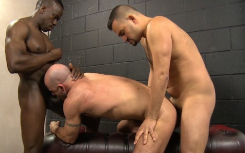 l15759-gay-sex-porn-hardcore-fuck-videos-bdsm-hard-fetish-kink-butch-hunks-07