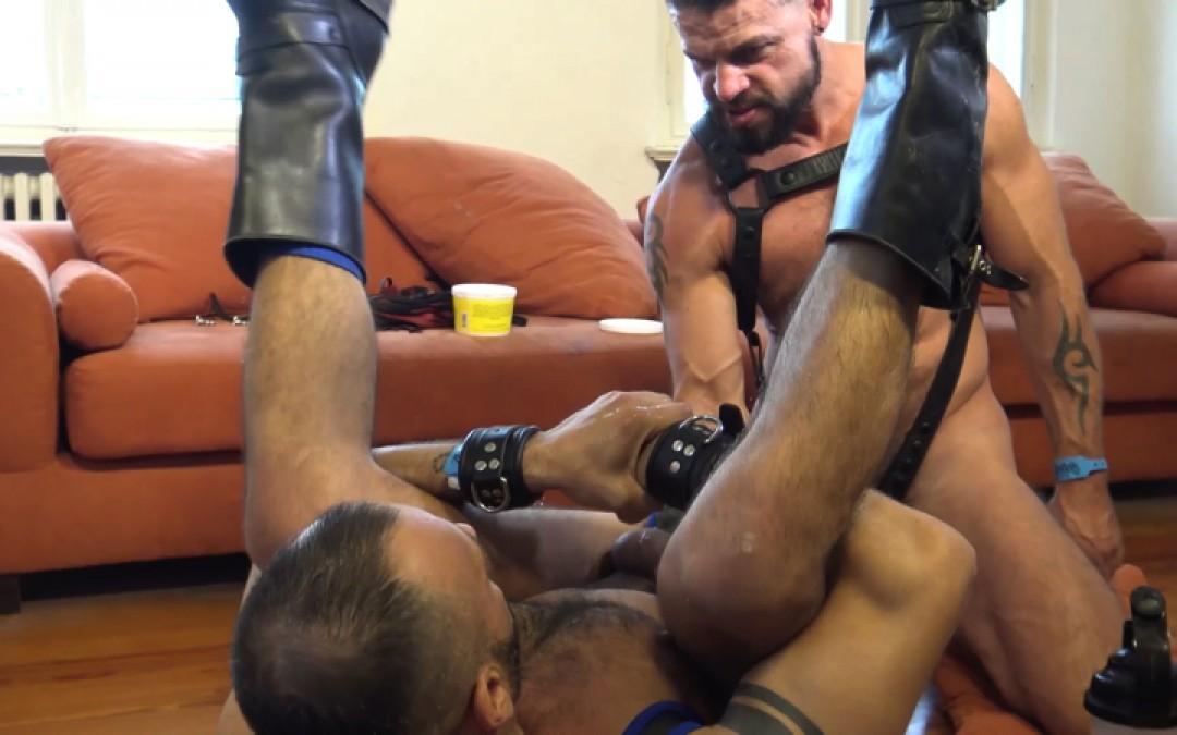 l13355-cazzo-gay-sex-porn-hardcore-videos-made-in-berlin-german-geil-fetish-bdsm-015