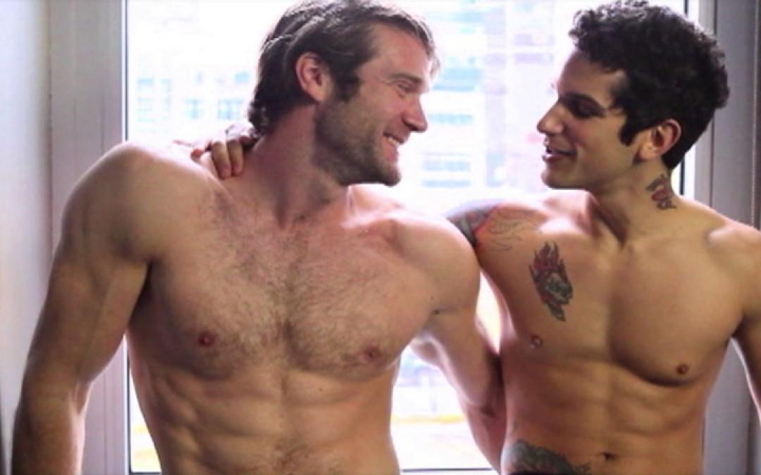 Baise gay m'ga hard entre Colby Keller et Pierre Fitch