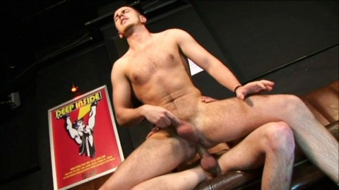 L5444 HOTCAST bulldog gay sex 25