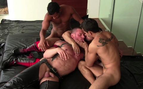 l14104-darkcruising-gay-sex-porn-hardcore-videos-fetish-bdsm-hard-fist-ff-leather-rubber-002