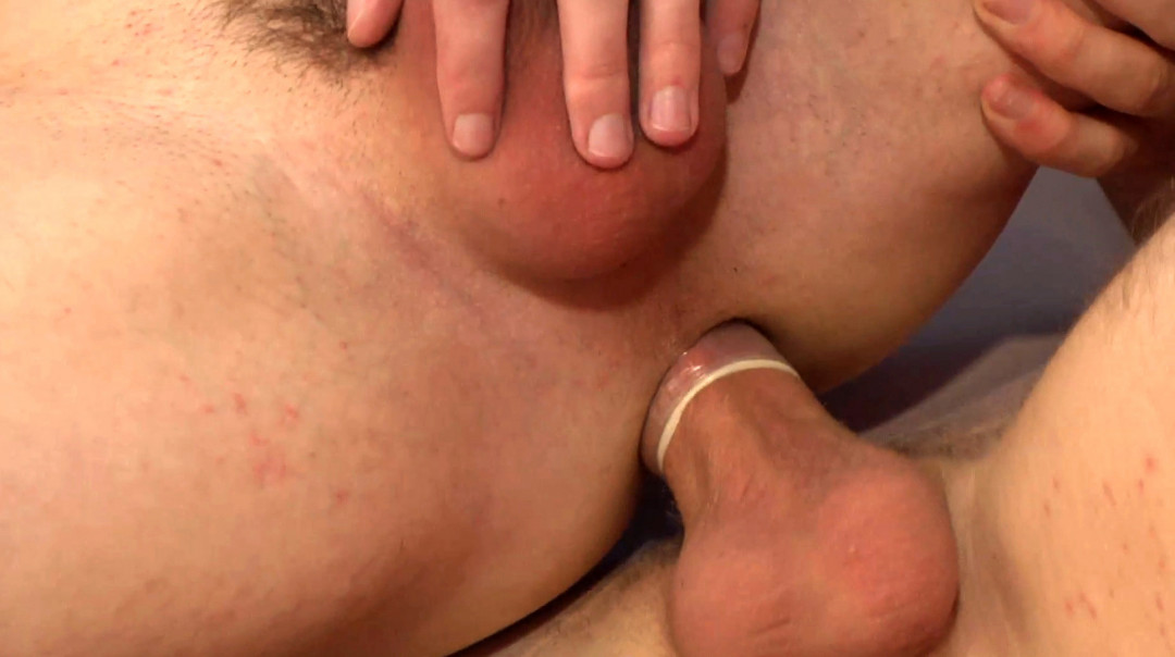Two Smooth Twinks Get Cum-Drenched Under Canvas