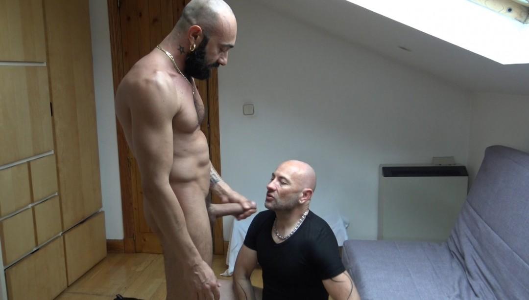 fucked barebacl by the daddy Ginnai MAGGIO