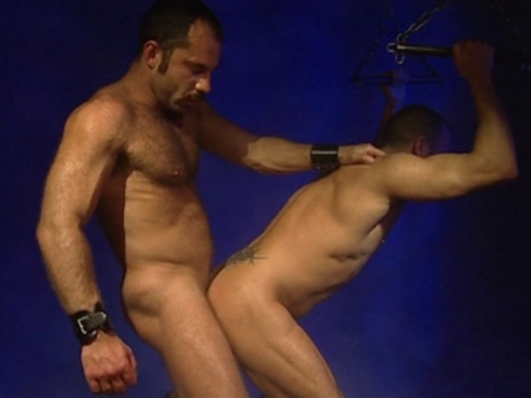 TIED-UP,STRETCHED AND FUCKED