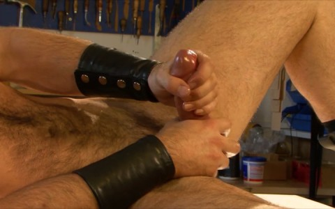 l15723-mistermale-gay-sex-porn-hardcore-fuck-videos-hunks-studs-butch-hung-scruff-macho-01