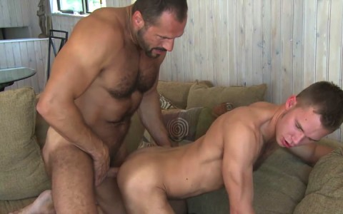 l16301-mistermale-gay-sex-porn-hardcore-fuck-videos-males-hunks-beefy-muscle-studs-hairy-daddies-scruff-13