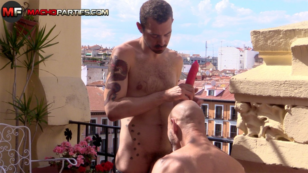 Daddy fisted by young spanish boy