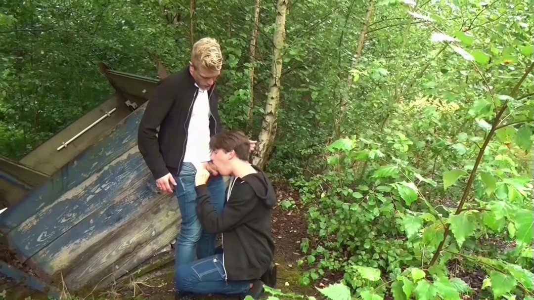 Young boys fucking BBK in outdoors