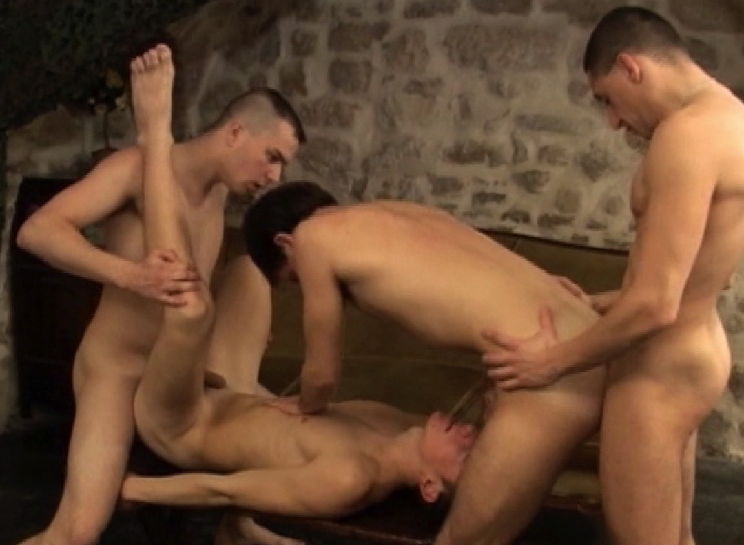 l7927-berryboys-gay-sex-porn-hardcore-videos-twinks-young-guys-minets-jeunes-mecs-made-in-france-stephane-berry-prod-plaisirs-multiples-021