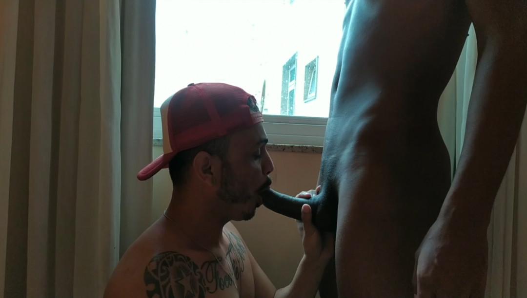 Il sexy latino KADU latino dosato dal suo amico nero TBM