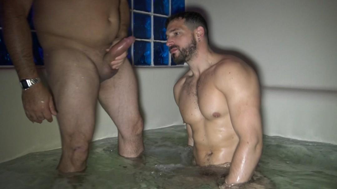 Enzo RIMENEZ frucked in public by Chubby