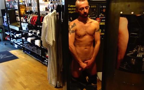 l14851-youngbastards-gay-sex-porn-hardcore-fuck-videos-berlin-german-kerle-hard-sneakers-01
