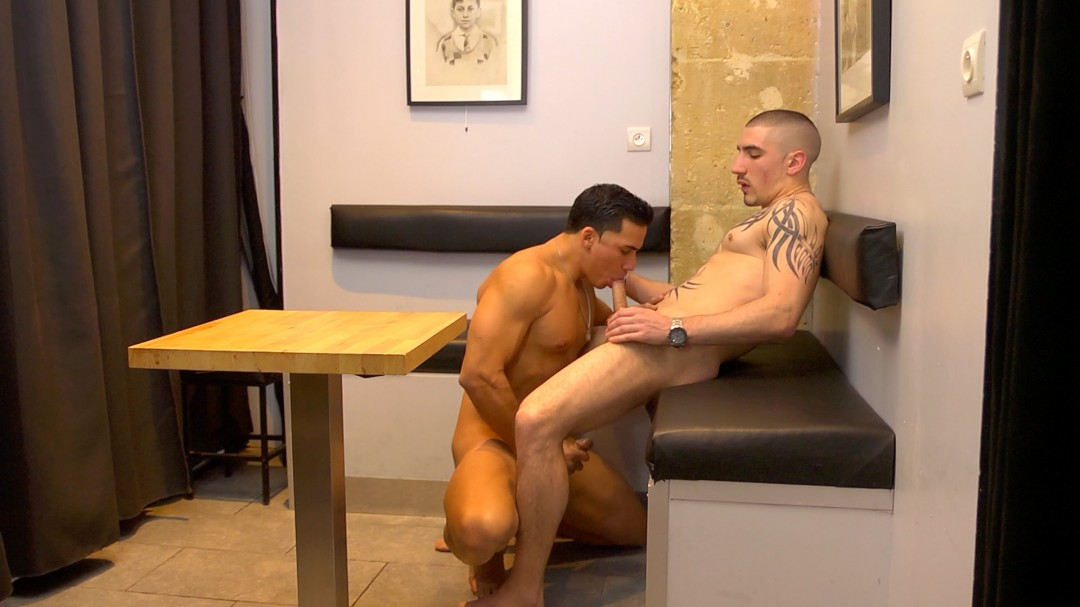 Matt Kennedy fucked by french hung