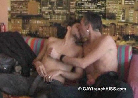 l12407-gayfrenchkiss-gay-porn-hardcore-videos-france-french-porno-amateur-002