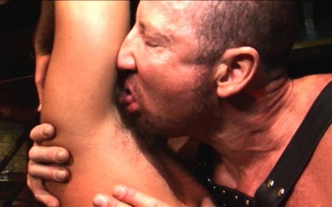 l7258-darkcruising-video-gay-sex-porn-hardcore-hard-fetish-bdsm-alphamales-hairy-hunx-004